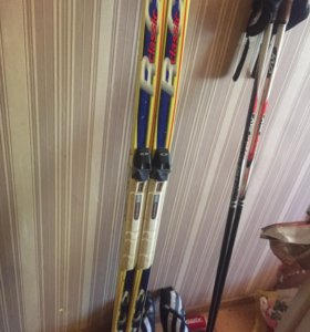 Комплект лыж