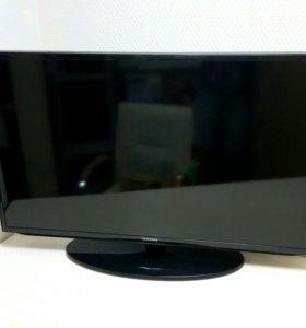 "Samsung UE40H5303 40"" (102 см) LED Smart DVB-T2"