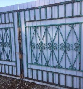 Ворота и калитка с художественной ковкой