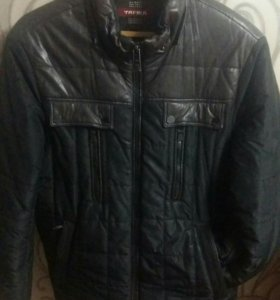 Мужская зимняя куртка.