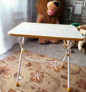 Детский столик,игрушка качалка,лев,мольберт