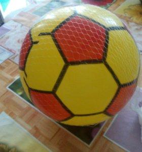Мяч новый в сетке