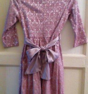 Платье на девочку, очень нарядное 400 р