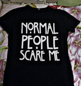 "Футболка ""normal people scare me"""