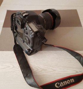 Фотоаппарат Canon 7D с объективом EF 24-105mm f/4