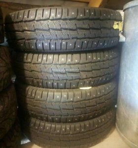 MICHELIN Agilis X-ICE North 215/75 R16 116R
