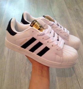 Кроссовки Adidas 40 раз