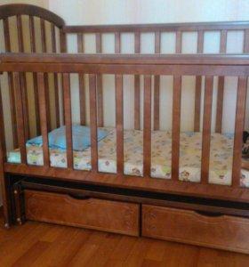 Кроватка детская с продольным маятником+матрац!