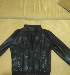 Куртка(кожа заменитель)