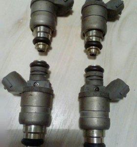 Форсунка инжектор ,бензин 06А906031ВТ