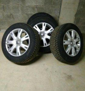 Туарег колеса шины диски комплект