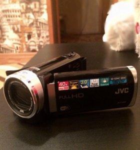 Видеокамера JVC Everio GZ-EX210