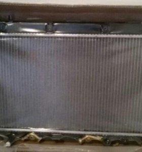 Радиатор охлаждения двигателя Honda jazz, fit