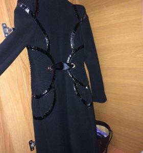 Пальто эксклюзивное ( до 1 октября отдам за 6800)