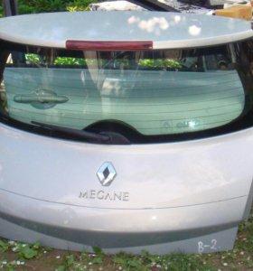 Renault Megane II крышка багажника