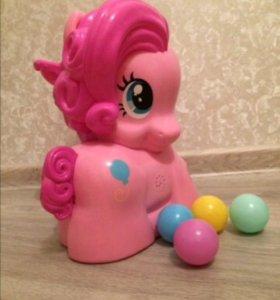 Новая Пинки Пай с шариками