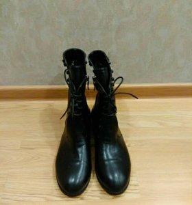 Ботинки женские 39 р-р