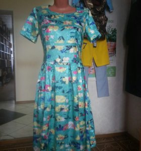 Платье летнее, совершенно новое