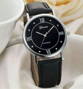 Продам кварцевые молодежные стильные часы