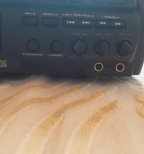 Караоке,MP-3 видео-аудио плеер на 3 диска