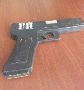 Пистолет из фанеры