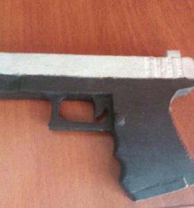 Пистолет из фанеры с магазином