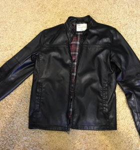 Курточка искусственная кожа