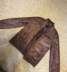 Продам куртку ЭКО-кожа