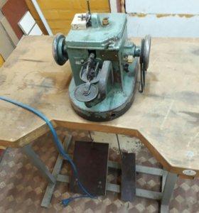 Скорняжная машинка для пошива меха