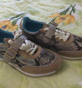 Новые брендовые кроссовки CHOBALIFE