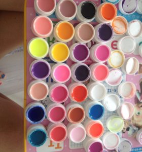 Продам цветные гели для маникюра