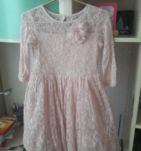 Платье кремовое,кружевное