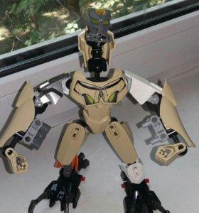Бионикл Лего, кубик Рубика, киндеры.
