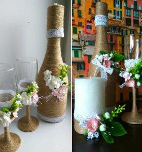 Свадебный декор, свадебные бокалы, бутылки, свечи