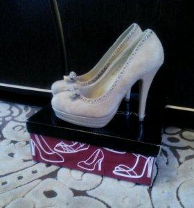 Продаются туфли!👠👠👠