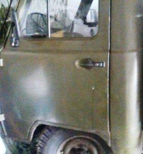 Продаю УАЗ-3303 бортовой 93г.в.