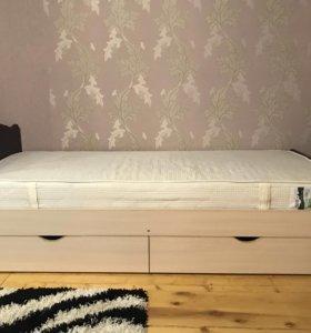 Спальная кровать новая