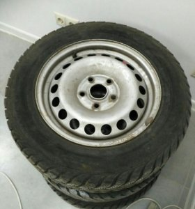 Goodyear Ultra Grip Extreme 195/65 R15