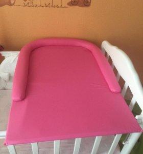 Пеленальный столик и матрасик