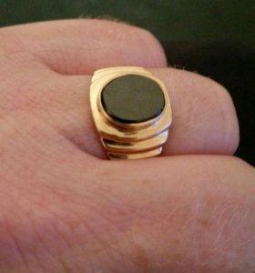 Золотое изделие - мужская печатка