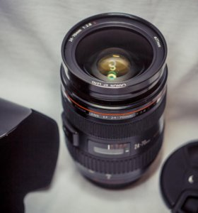 Canon 24-70 mm f/2.8