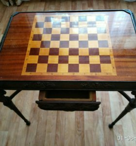 Продаётся шахматный стол