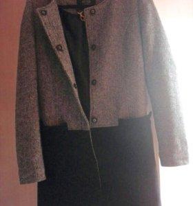 ✔Продам Демисезонное Пальто