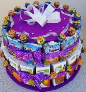 Торт-угощение в сад из соков/барни/чупачупс