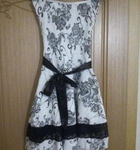Платье на девочку 9-11лет.
