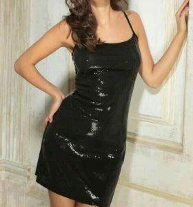Новое платье на бретелях Innamore
