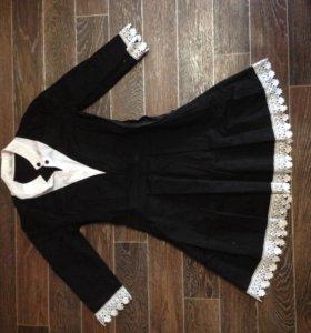 Школьное платье и фартук.