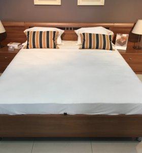 Кровать двуспальная 200*160