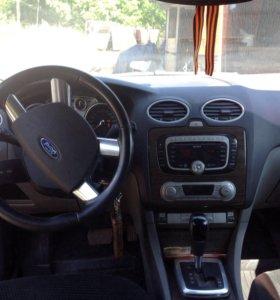 Форд фокус2 рестайлинг куплен в2009,2 литра