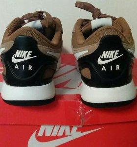 Кроссовки Nike Vibenna